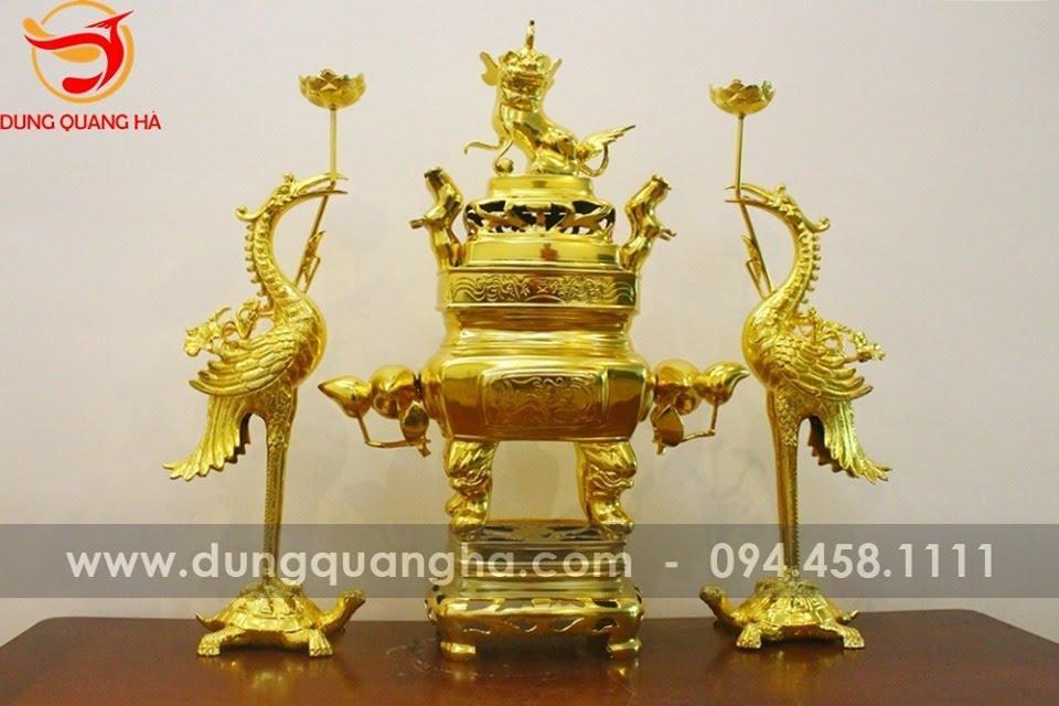 Bộ đồ thờ ngũ sự đỉnh vuông thếp vàng