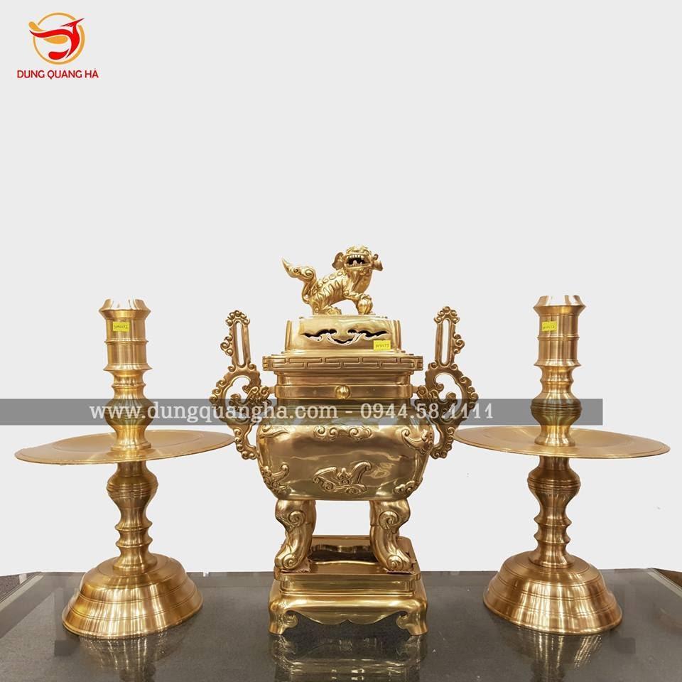 Bộ Tam sự đỉnh vuông bằng đồng vàng catut tinh xảo