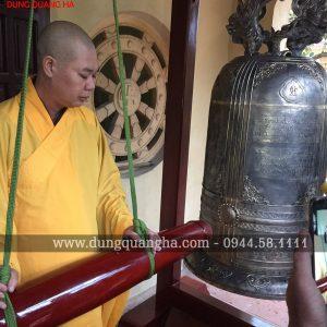Đúc chuông đồng Đại Hồng Chung tại chùa Ngũ Phương