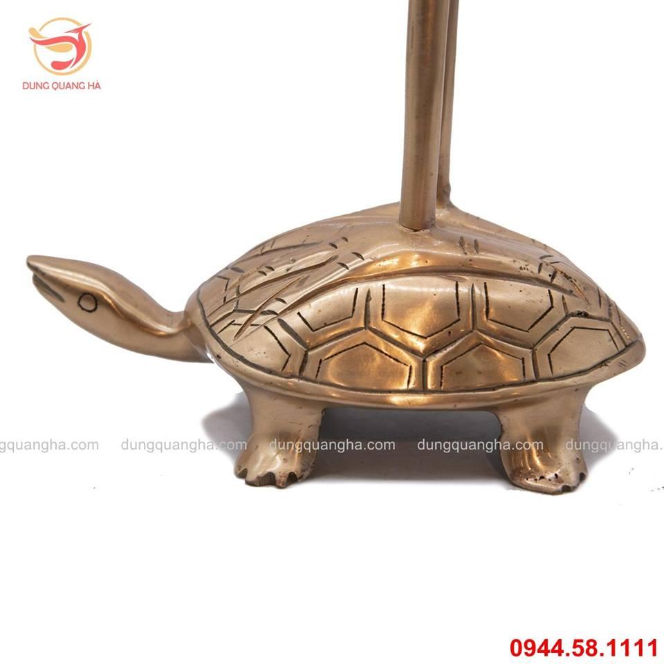 Hạc thờ bằng đồng đỏ đứng trên lưng rùa