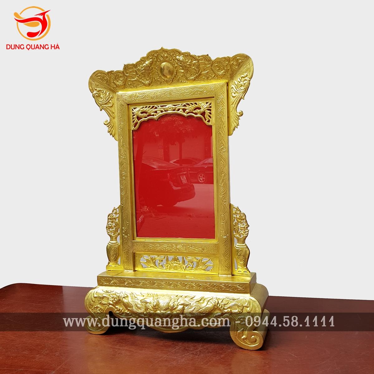 Khung ảnh thờ đồng vàng hoa văn tinh xảo 2