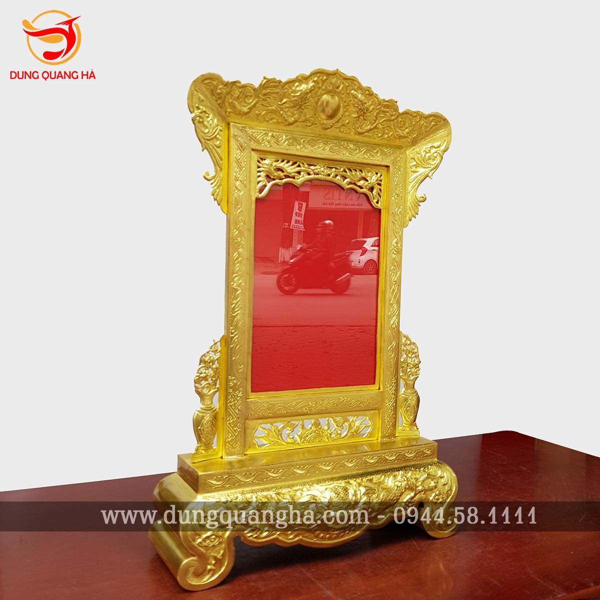 Khung ảnh thờ đồng vàng hoa văn tinh xảo 4