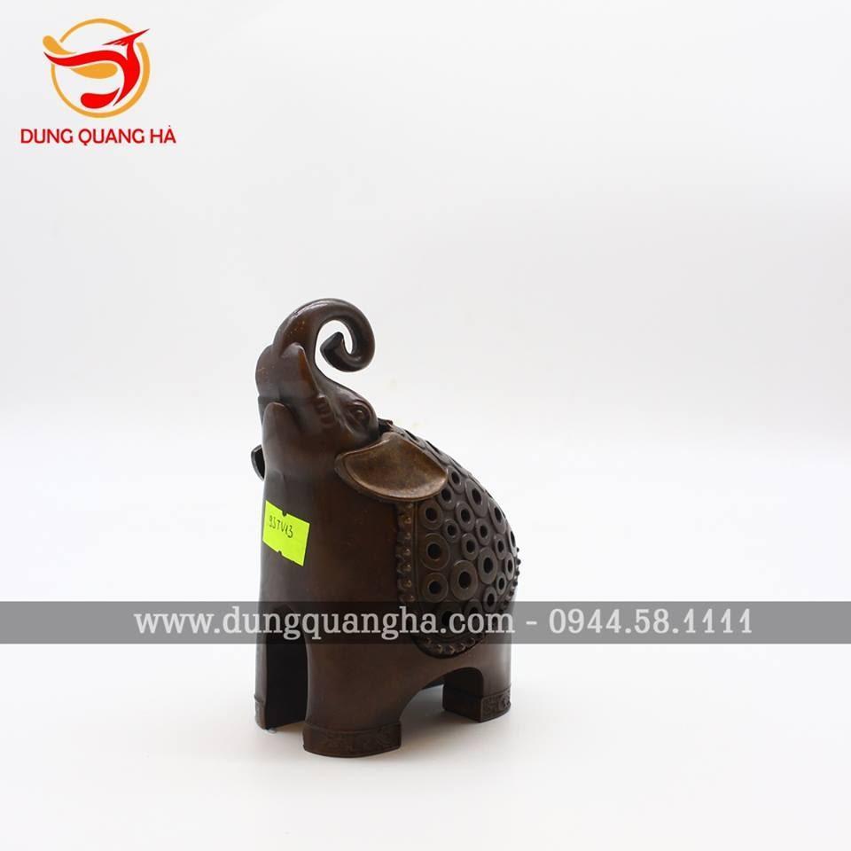 Lư đồng đốt trầm hình tượng voi