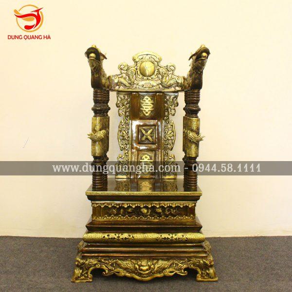 Ngai thờ gia tiên đồng vàng làm màu cổ kính đặt phòng thờ tộc họ