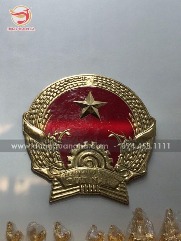 Quốc huy Việt Nam bằng đồng