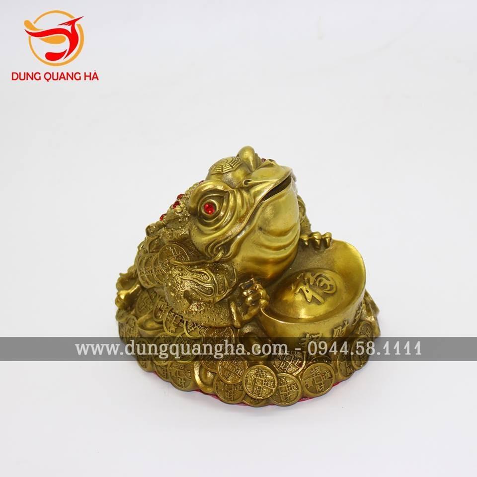 Thiềm Thừ phong thủy ôm tiền vàng