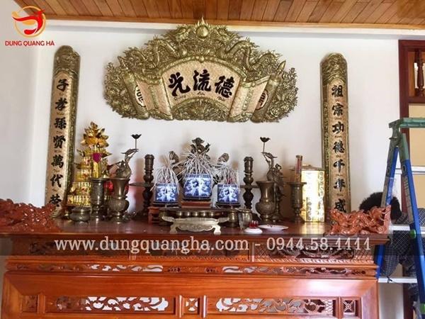 Tìm hiểu ý nghĩa văn hóa của bộ hoành phi câu đối trong không gian thờ cúng của người Việt