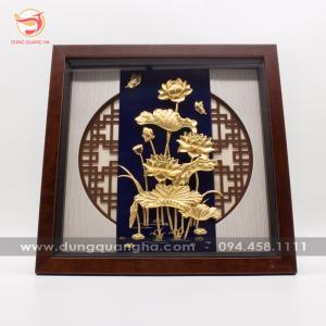 Tranh đồng lưu niệm hoa sen mạ vàng mẫu 3