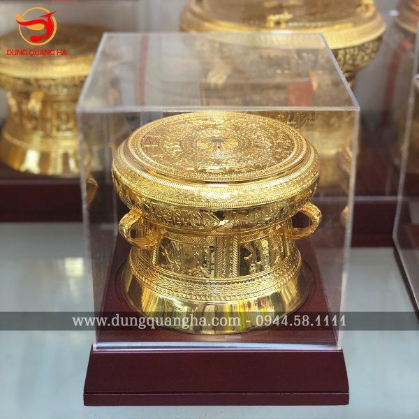Trống đồng quà lưu niệm mạ vàng sang trọng