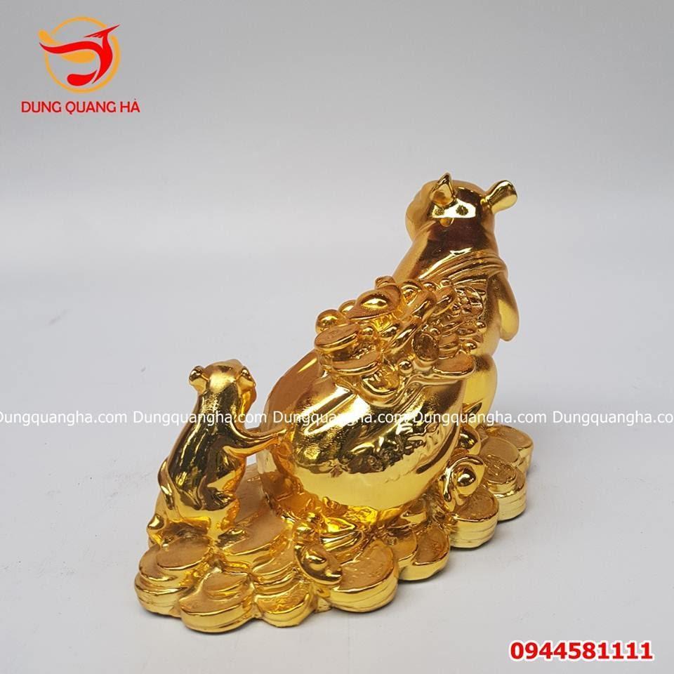 Tượng con chuột kéo tiền bằng đồng mạ vàng