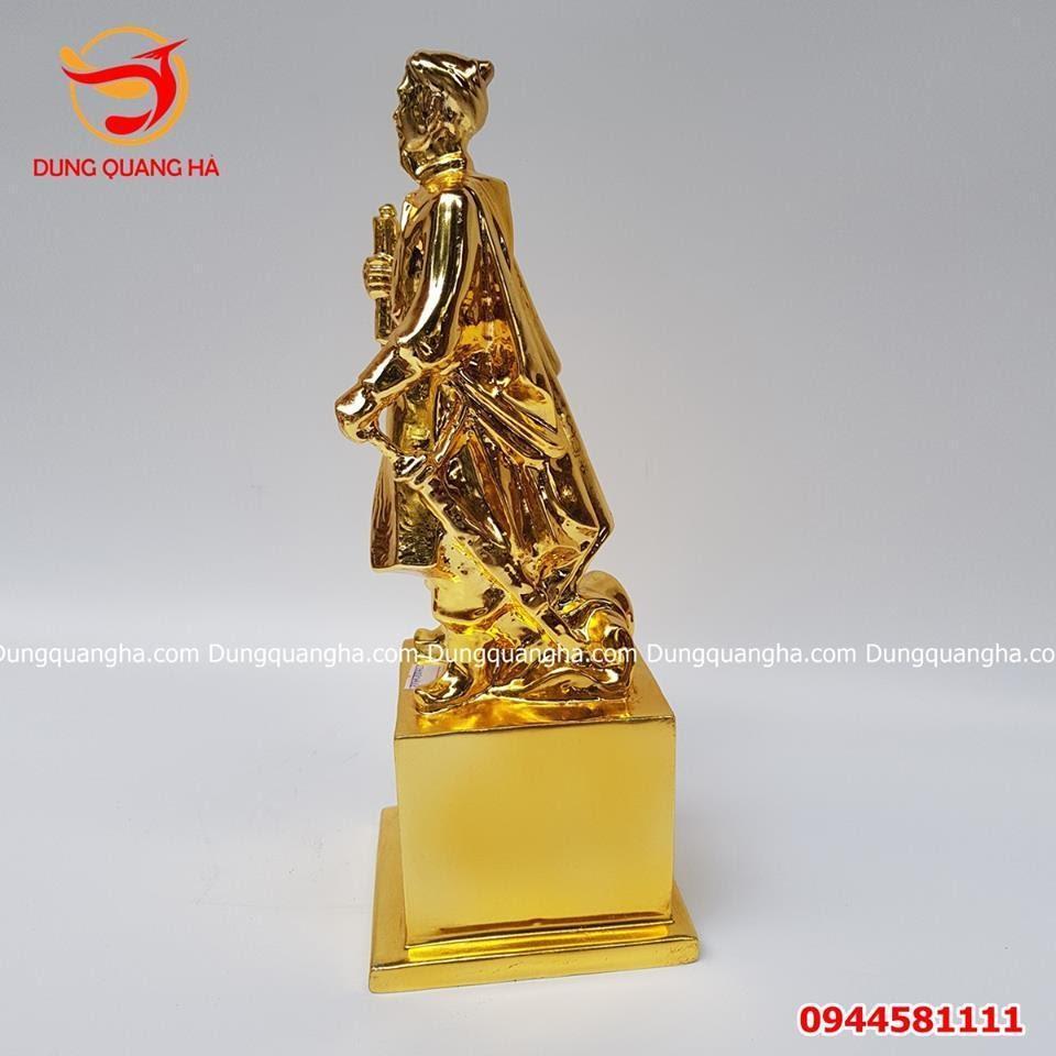 Tượng đồng Trần Quốc Tuấn mạ vàng 24k