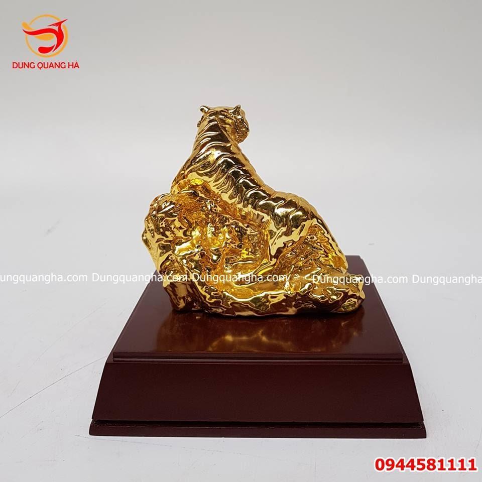 Tượng hổ bằng đồng mạ vàng 24k