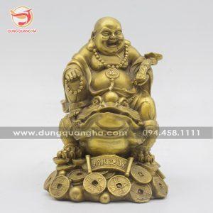 Tượng Phật Di Lặc cầm gậy Như Ý cưỡi Thiềm Thừ