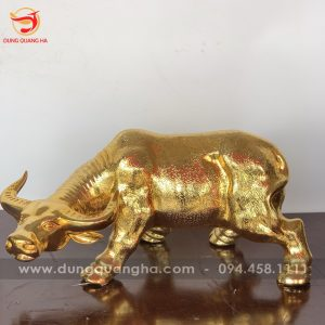 Tượng trâu phong thủy mạ vàng 24k