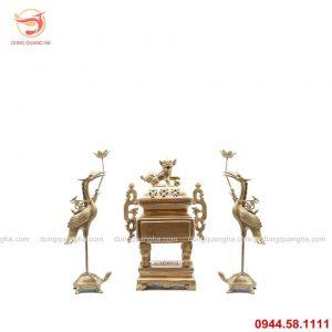 Bộ thờ ngũ sự đỉnh vuông bằng đồng vàng mộc