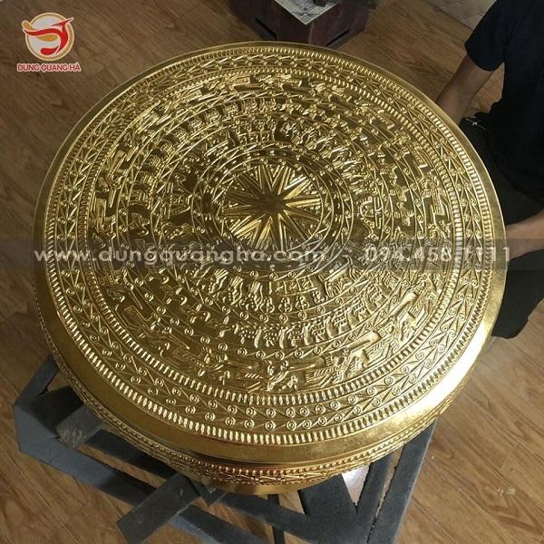 Quả trống đồng Ngọc Lũ cao 40cm bằng đồng tinh xảoQuả trống đồng Ngọc Lũ cao 40cm bằng đồng tinh xảo