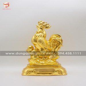 Tượng gà trống phong thủy bằng đồng thếp vàng mẫu 2