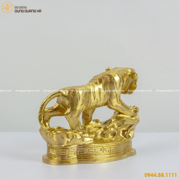 Tượng hổ phong thủy đẹp bằng đồng catut