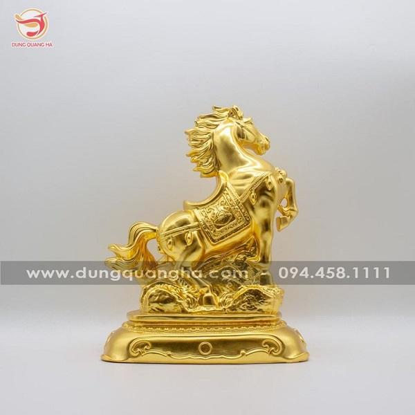 Tượng ngựa phong thủy bằng đồng thếp vàng 9999 tinh xảo