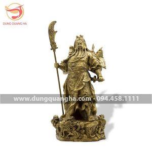 Tượng Quan Công đứng bệ rồng bằng đồng đẹp tinh xảo
