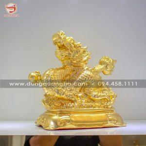 Tượng rồng bằng đồng – linh vật phong thủy thếp vàng mẫu 2