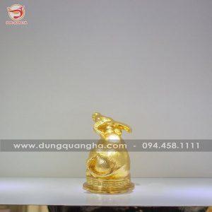 Tượng trâu phong thủy thếp vàng 9999 tinh xảo