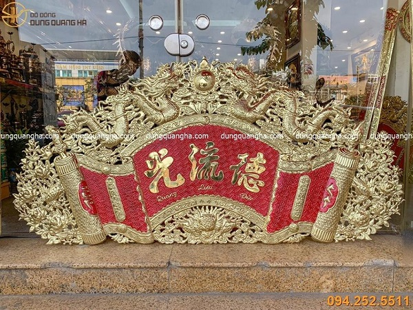 Bộ cuốn thư câu đối Đức Lưu Quang bằng đồng cổ kính