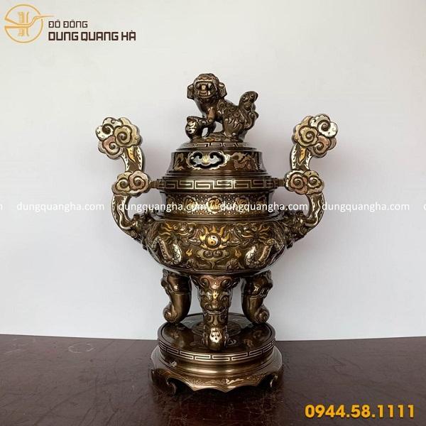 Bo-dBộ đồ thờ tam sự đỉnh nến bằng đồng khảm ngũ sắc tinh xảoo-tho-tam-su-dinh-nen-bang-dong-kham-ngu-sac-tinh-xao-1
