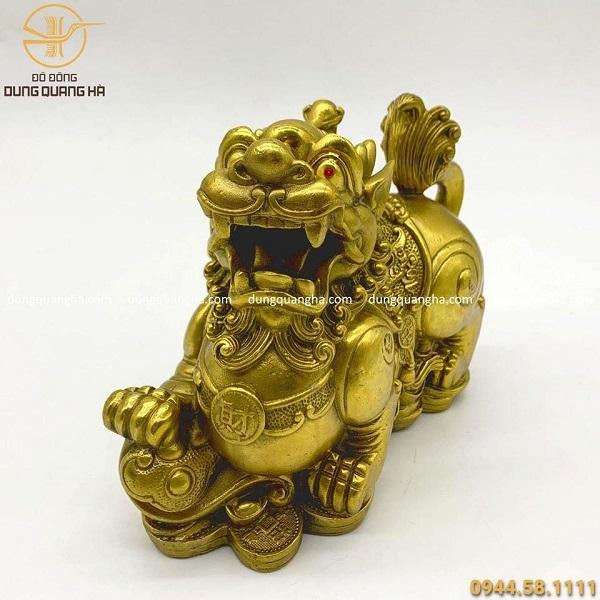 Cặp tượng Tỳ Hưu bằng đồng vàng mộc mẫu 3