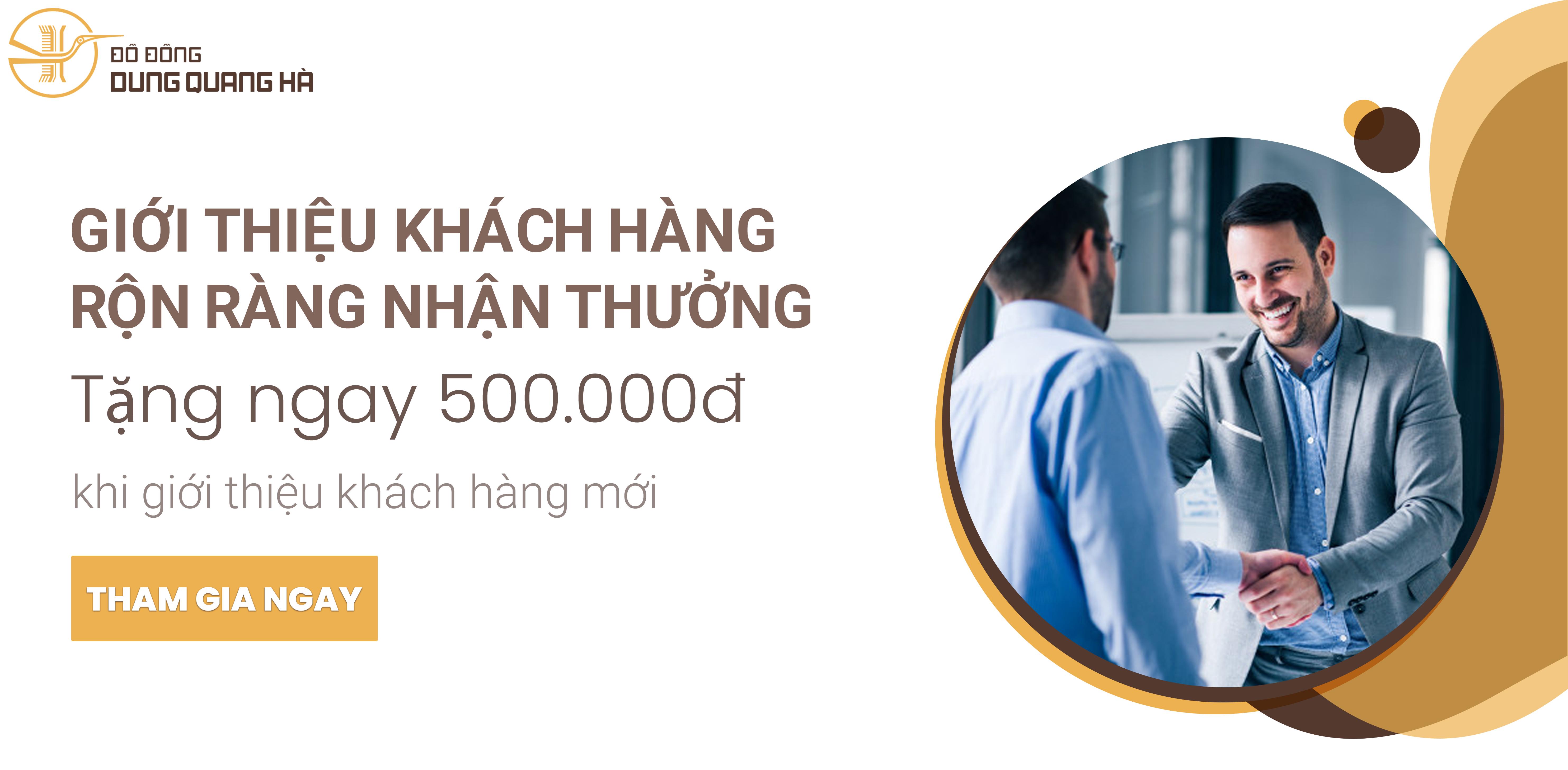 Giới thiệu khách hàng nhận quà tặng từ Đồ Đồng Dung Quang Hà