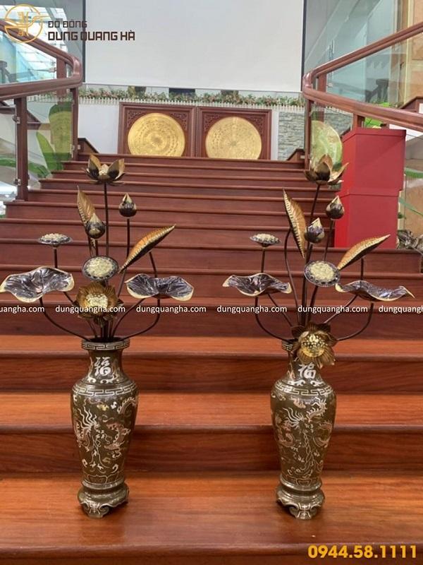 Lọ hoa thờ bằng đồng cao 38cm khảm tam khí