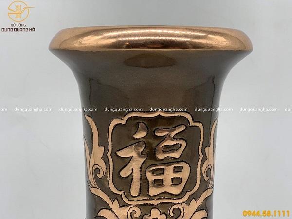 Ống đựng hương bằng đồng đỏ cạo màu độc đáo