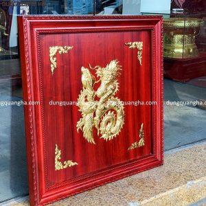 Tranh chữ Phúc dát vàng 9999 - khung gỗ hương đỏ