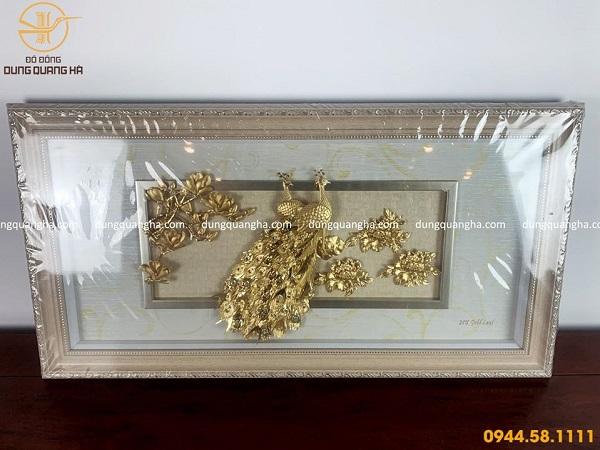 Tranh đôi công mạ vàng nền gỗ sang trọng