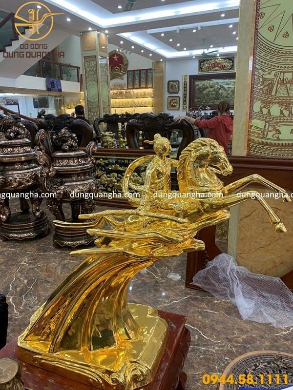 Tượng Thánh Gióng cao 90cm bằng đồng mạ vàng