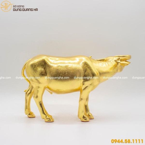 Tượng trâu đồng thếp vàng mẫu 5 đẹp mộc mạc tinh xảo