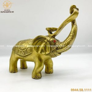 Tượng voi phong thủy bằng đồng vàng mộc