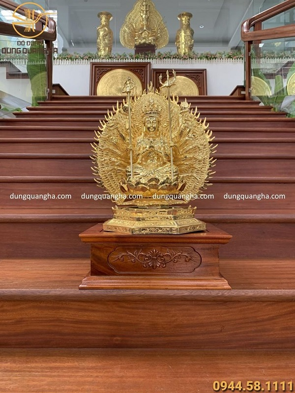 Tượng Phật Thiên Thủ Thiên Nhãn cao 45cm mạ vàng 24k