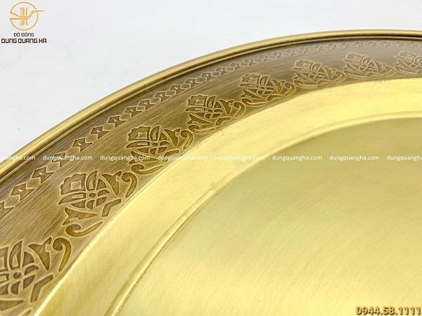 Mâm đồng cao cấp bằng đồng vàng hoa văn sang trọng