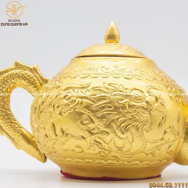 Ấm trà bằng đồng mạ vàng cao 10cm độc đáo tinh xảo