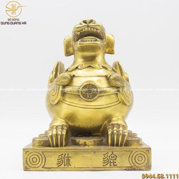 Con tỳ hưu phong thủy bằng đồng vàng cao 25cm (cả đế)