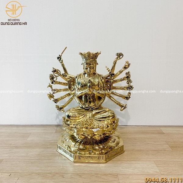 Tượng Phật Chuẩn Đề bằng đồng vàng phủ bóng cao 48cm