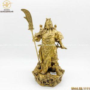 Tượng Quan Công đứng bệ rồng 5 cờ bằng đồng vàng cao 36cm