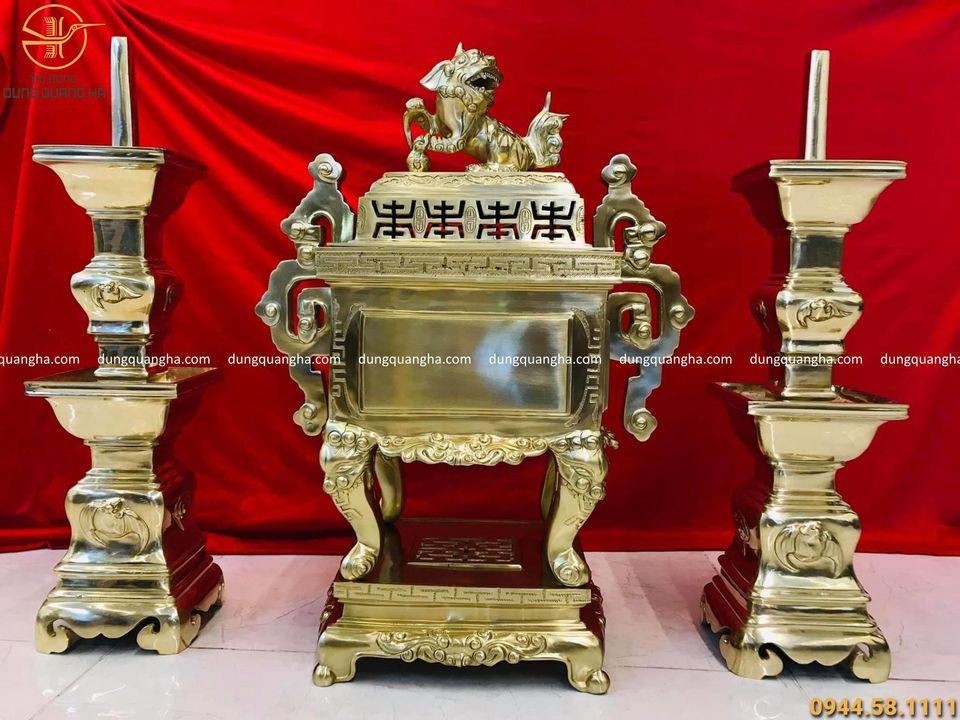 Bộ thờ tam sự đỉnh vuông bằng đồng vàng catut cao 60cm