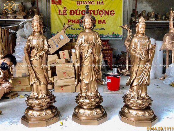 Bộ tượng Tam Thánh Phật đứng cao 1m7 bằng đồng đỏ