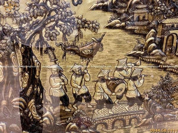 Tranh Vinh Quy Bái Tổ bằng đồng xước giả cổ viền trơn 2m3