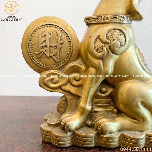 Tượng chó tài lộc bằng đồng vàng thiết kế ấn tượng cao 25cm