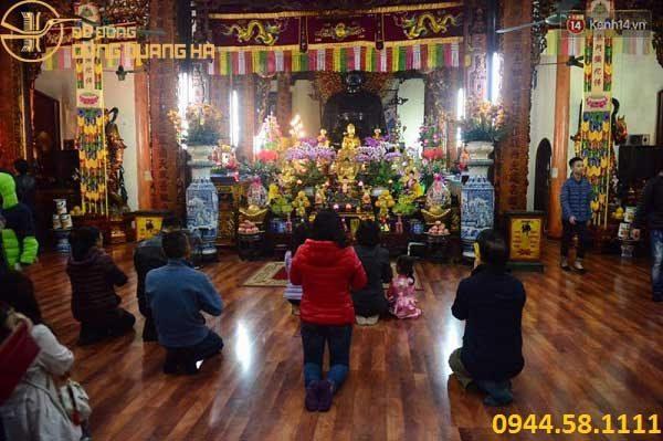 Tục lệ đi lễ chùa đầu năm