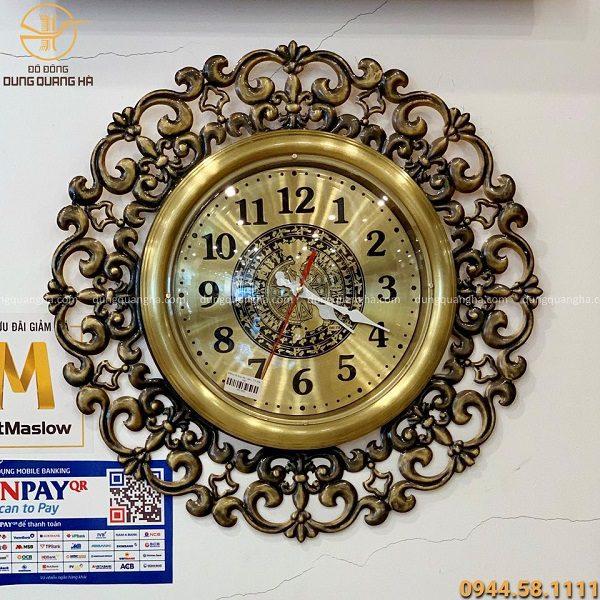 Đồng hồ treo tường bằng đồng màu sắc cổ kính độc đáo