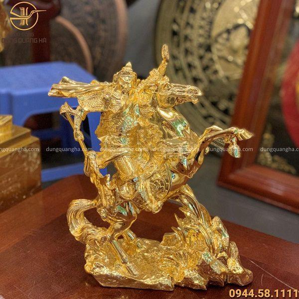Tượng Quan Vân Trường cưỡi ngựa mạ vàng 24k cao 34cm